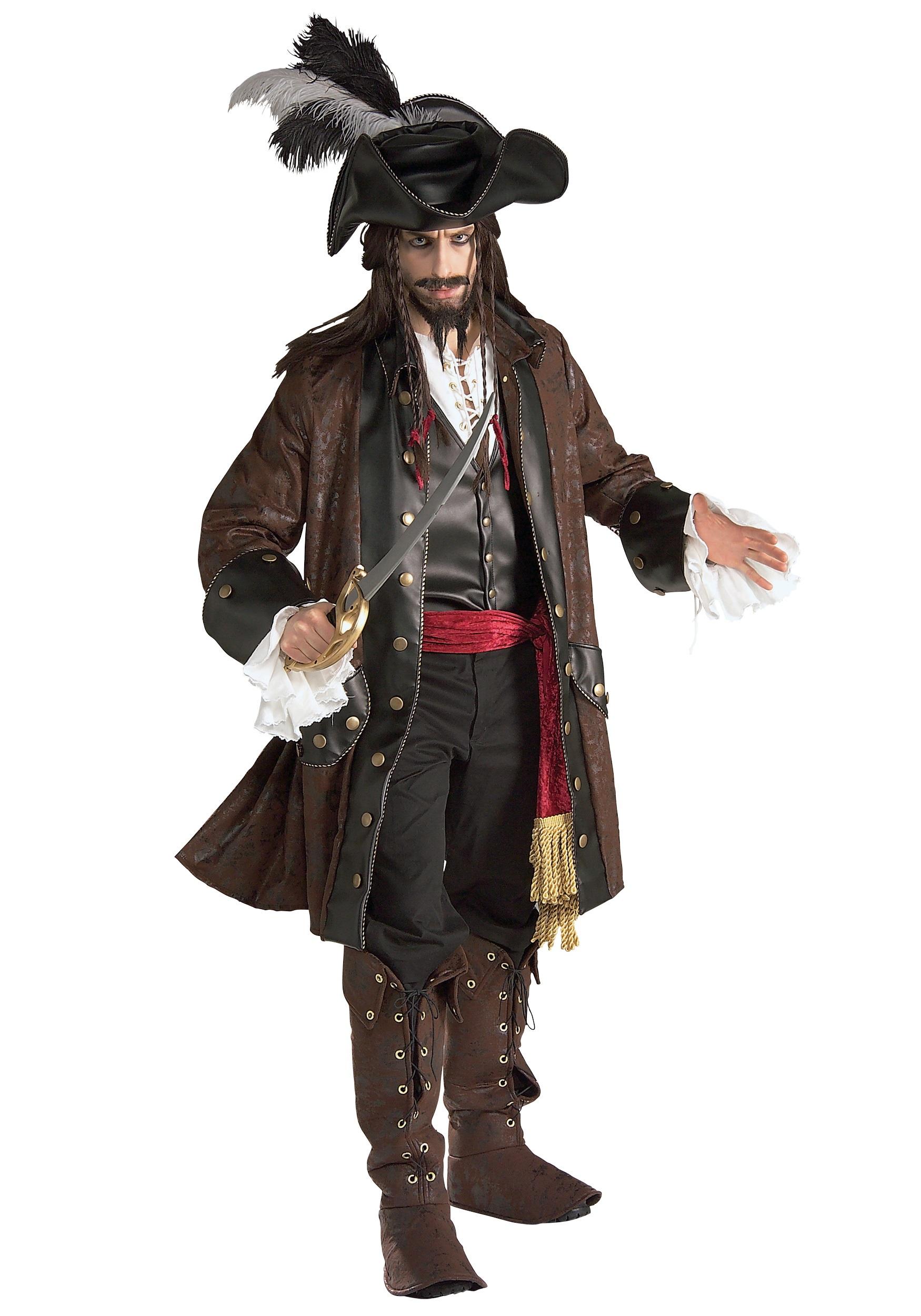 adult Halloween costume pirate